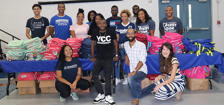 a group of students that helped for the 2019 Backpack drive