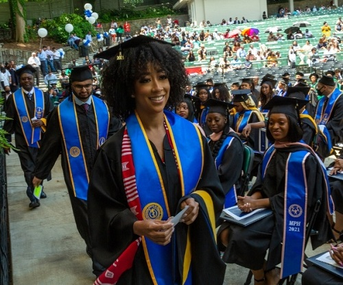 MSM Grads Begin Residency Journeys with Complimentary Elite Status from Hyatt and American Airlines