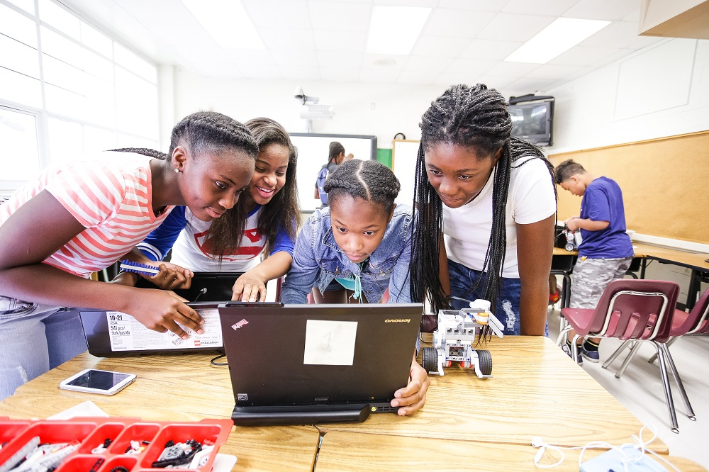 MSM Pipeline Program Students Get Hands-On With Robotics, S.T.E.A.M. Disciplines
