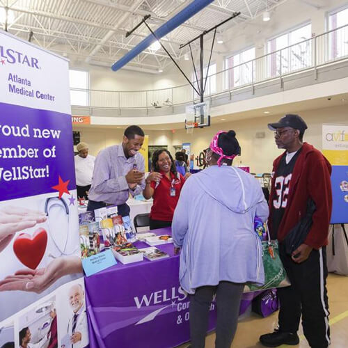 community members receive information about health care